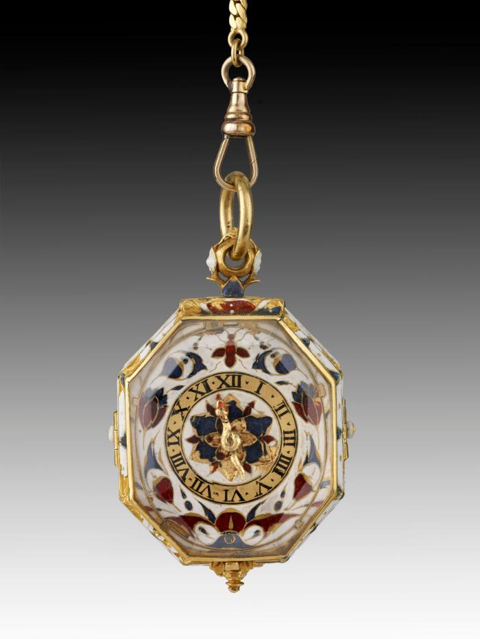 Front view of Pendant Watch with delicate enameld polychrome decoration