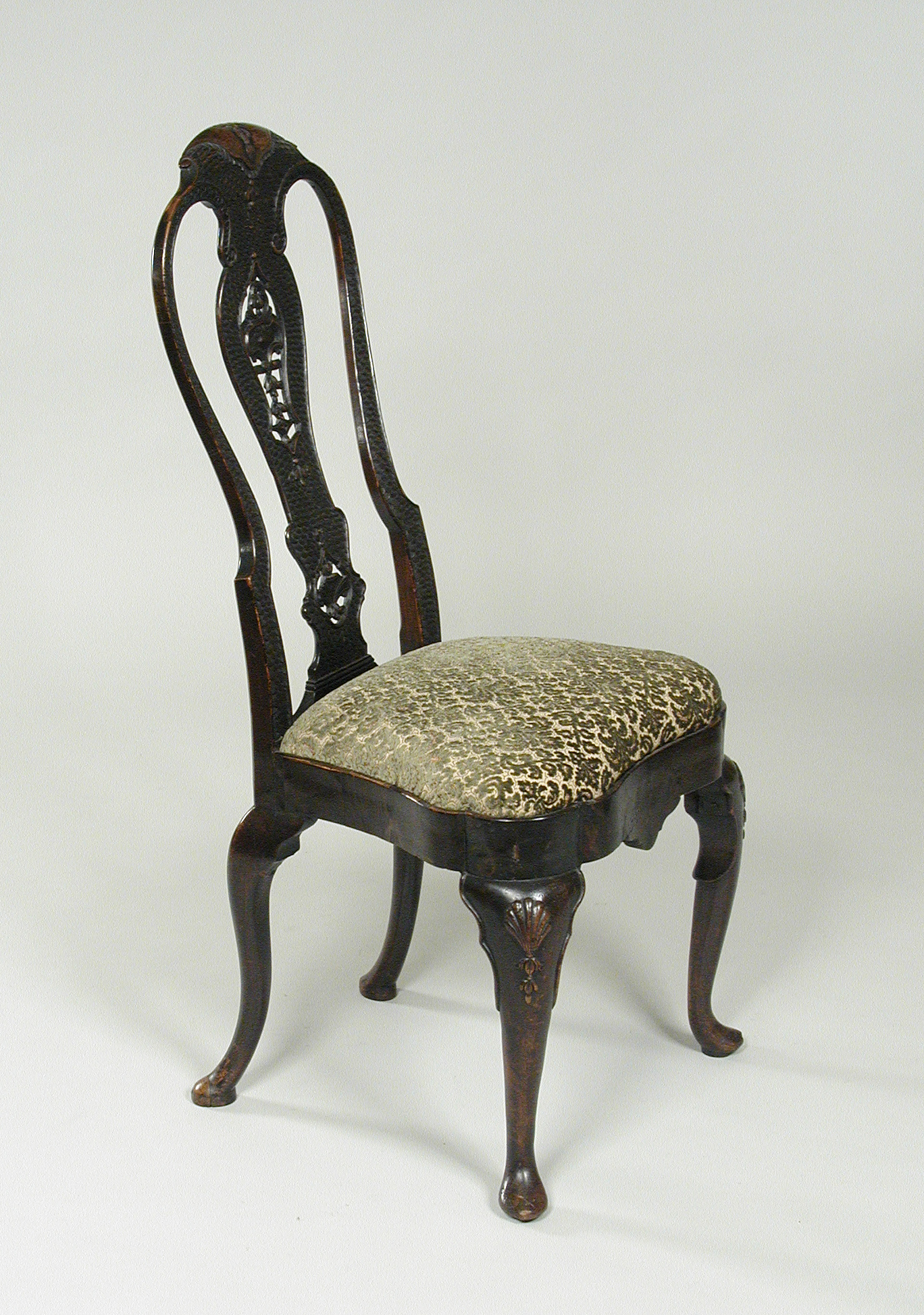 Queen Anne Chair with Reliefs – Works – collectionsick